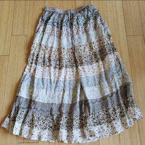 Woman's maxi summer skirt